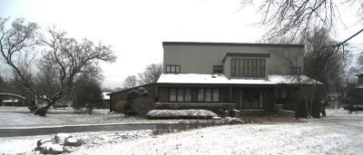 Oak Brook Single Family Home For Sale: 12 Pembroke Lane