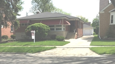 North Riverside Single Family Home For Sale: 2341 South 5th Avenue