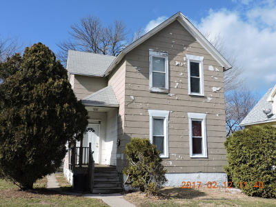 Kankakee Single Family Home For Sale: 733 North Rosewood Avenue