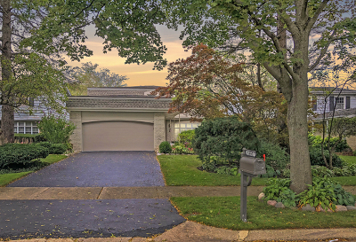 Highland Park Single Family Home For Sale: 1682 Cavell Avenue