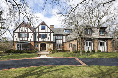 Northbrook Single Family Home For Sale: 40 Bridlewood Lane