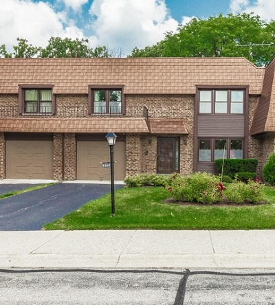 Northbrook Condo/Townhouse For Sale: 3932 Dundee Road