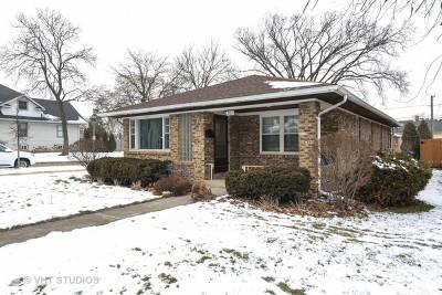 Elmhurst Single Family Home For Sale: 289 East 3rd Street
