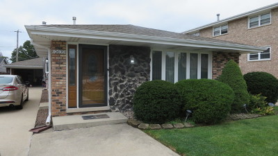 Palos Hills Single Family Home For Sale: 10630 South 80th Court