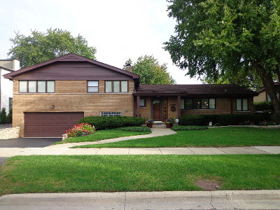 Skokie Single Family Home For Sale: 5128 Weber Lane