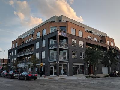 Condo/Townhouse For Sale: 3201 West Leland Avenue #406