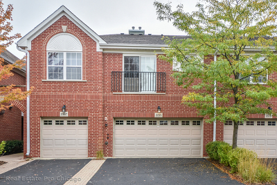 Northbrook Condo/Townhouse For Sale: 2371 Chelsea Road