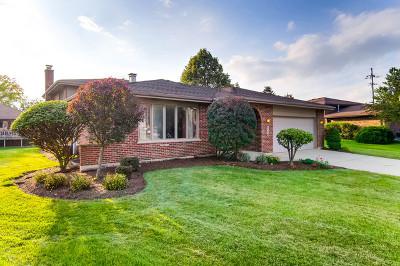 Darien Single Family Home For Sale: 7726 Surrey Drive