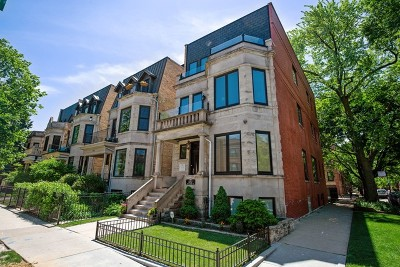 Condo/Townhouse For Sale: 1257 West Addison Street #3