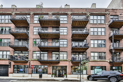 Condo/Townhouse For Sale: 375 West Erie Street #517