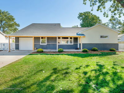 Hoffman Estates Single Family Home Re-Activated: 815 Cumberland Street