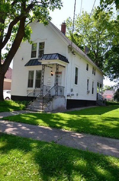 Barrington Multi Family Home For Sale: 421 Washington Street