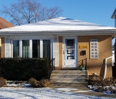 Brookfield Single Family Home For Sale: 3421 Sunnyside Avenue