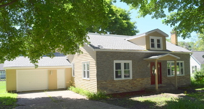 Algonquin Single Family Home For Sale