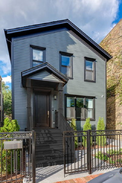 Single Family Home For Sale: 322 West Willow Street