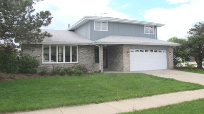 Orland Park Single Family Home For Sale: 14354 Pinewood Drive