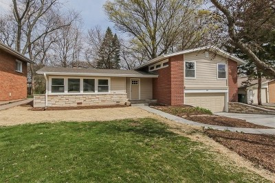 Arlington Heights Single Family Home For Sale: 307 North Derbyshire Avenue
