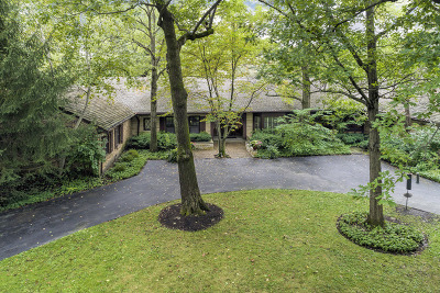 Northbrook Single Family Home For Sale: 27 Bridlewood Road