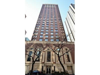 Condo/Townhouse For Sale: 1122 North Dearborn Street #10D