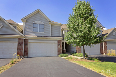 Cary Condo/Townhouse For Sale: 1236 West Lake Drive