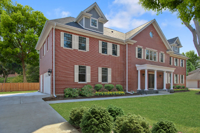 Glenview Single Family Home For Sale: 2113 Glen Oak Drive