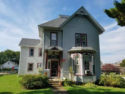 Ogle County Single Family Home For Sale: 300 South 3rd Street
