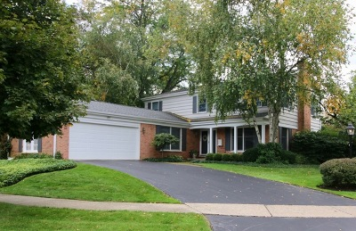 Deerfield Single Family Home For Sale: 25 Standish Drive
