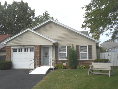 Carol Stream Single Family Home For Sale: 1345 Caribou Trail