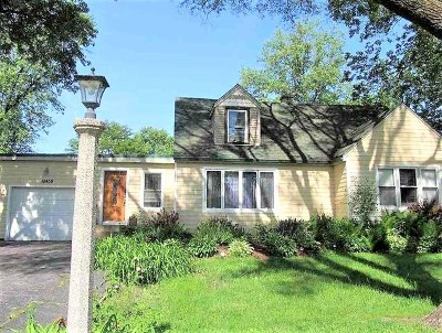 Palos Hills Single Family Home For Sale: 10430 South 75th Court