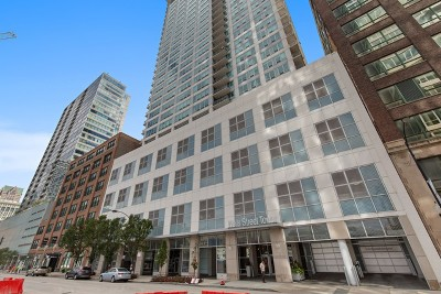 Condo/Townhouse For Sale: 701 South Wells Street #2401