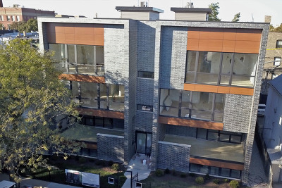 Condo/Townhouse New: 3032 West Lyndale Street #1E