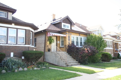 Elmwood Park Single Family Home For Sale: 7845 West Cressett Drive