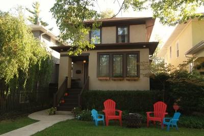 Oak Park Single Family Home Price Change: 1122 North Harvey Avenue
