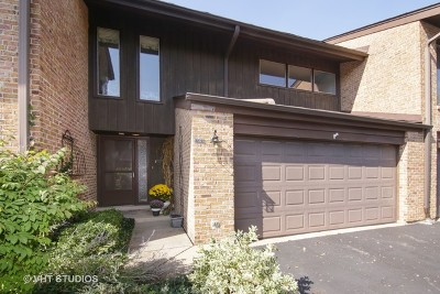 Glenview Condo/Townhouse For Sale: 1732 Wildberry Drive #G