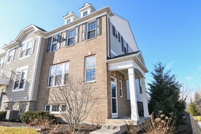 Glenview Condo/Townhouse For Sale: 3301 Coral Lane