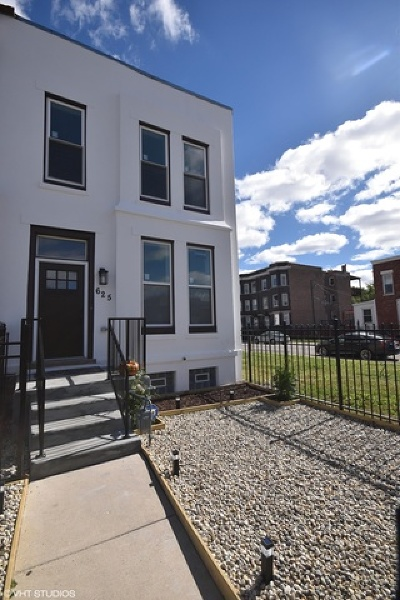 Single Family Home New: 625 South Campbell Avenue