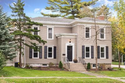 Sycamore Single Family Home For Sale: 328 Somonauk Street