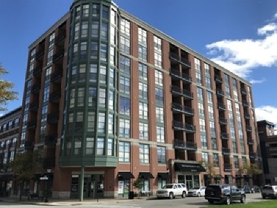 Arlington Heights Condo/Townhouse For Sale: 1 South Highland Avenue #604