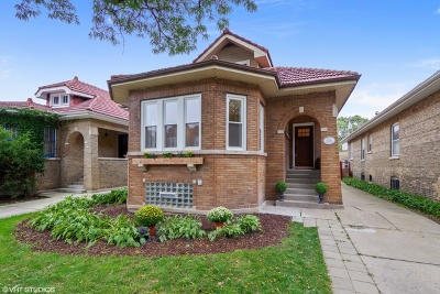 Chicago Single Family Home New: 6725 North Campbell Avenue