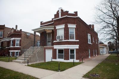 Cicero Single Family Home For Sale: 1347 South 57th Avenue