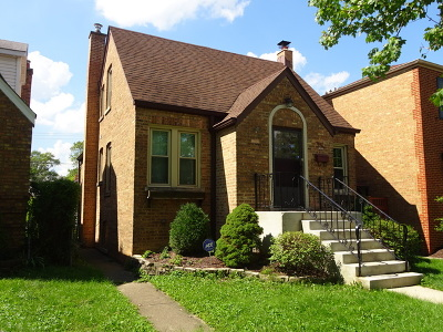 Brookfield Single Family Home For Sale: 3134 Elm Avenue