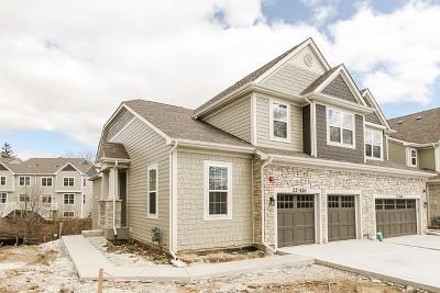 Glen Ellyn Condo/Townhouse For Sale: 22w420 Autumn Blaze Lot #4.01 Drive