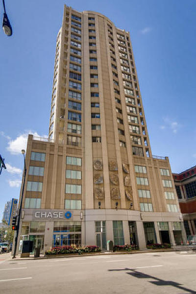Condo/Townhouse New: 600 North Dearborn Street #1611