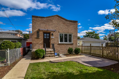 Cook County Single Family Home New: 2653 North Melvina Avenue