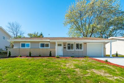 Hoffman Estates Single Family Home New: 860 Woodlawn Street