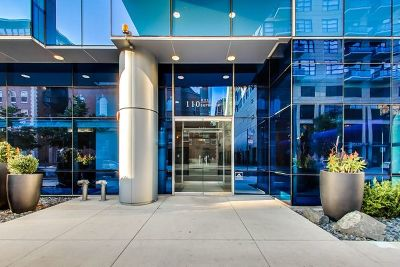 Chicago Condo/Townhouse New: 110 West Superior Street #1001