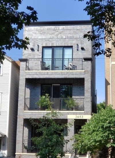 Condo/Townhouse For Sale: 2652 North Racine Avenue #1