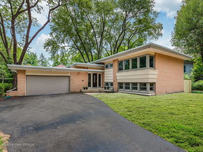 Glencoe Single Family Home For Sale: 766 Strawberry Hill Drive