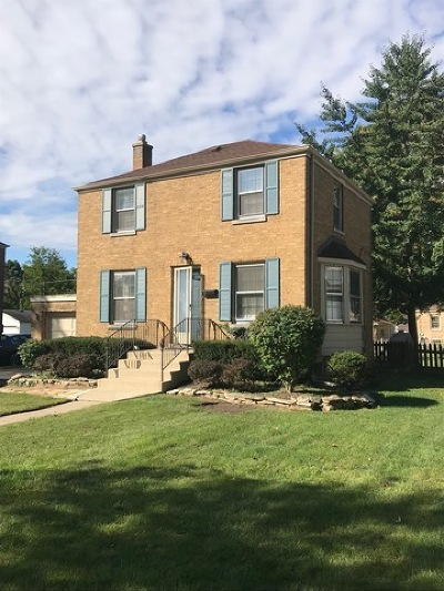 Clarendon Hills Single Family Home For Sale: 6 Iroquois Drive