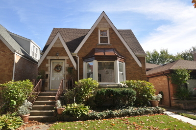 Single Family Home For Sale: 1849 North Newland Avenue